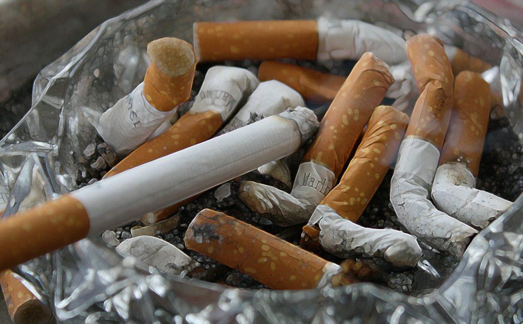 L'attribut alt de cette image est vide, son nom de fichier est cigarettes-83571_19201-1024x635.jpg.